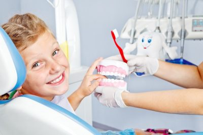 dentist doonan - cosmetic and family dentistry - teeth whitening crowns bridges extractions - dental clinic doonan