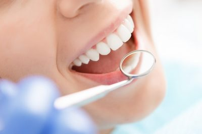 dentist verrierdale - cosmetic and family dentistry - teeth whitening crowns bridges extractions - dental clinic verrierdale qld